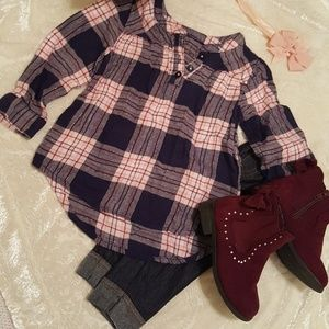 3/$20 Plaid long sleeve top 24 month's w/Bow